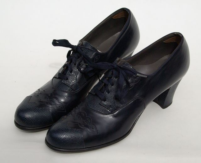 Dr. Locke shoes, c. 1940