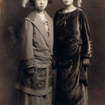 Unidentified fashionable Japanese ladies, c. 1920