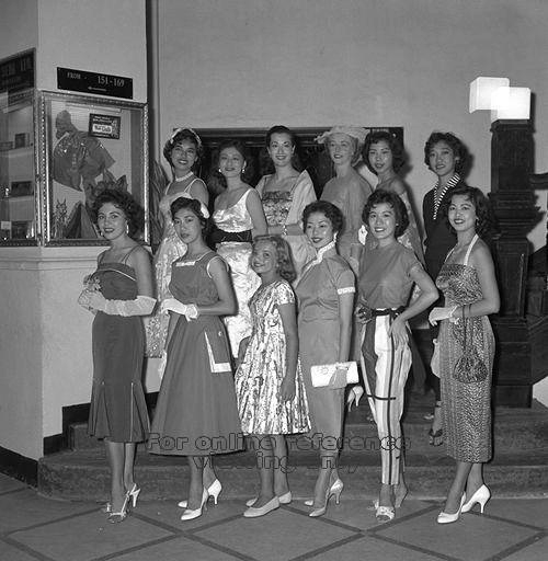Fashion show at Raffles Hotel, 1958