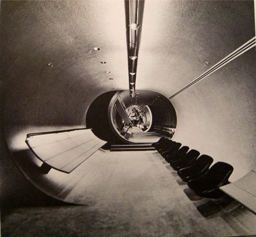 Agnew Surpass Shoe Store, Fairview Mall, Toronto, 1972