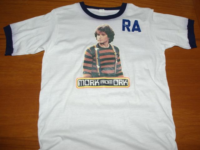 T-shirt featuring Robin Williams as Mork from Ork, dated 1978, Paramount Pictures Trademark