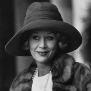 English actress Margaret Leighton, possibly wearing an Orski hat!