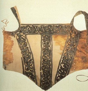 The recovered bodice from her tomb looking like a very possible match to the dress in her portrait